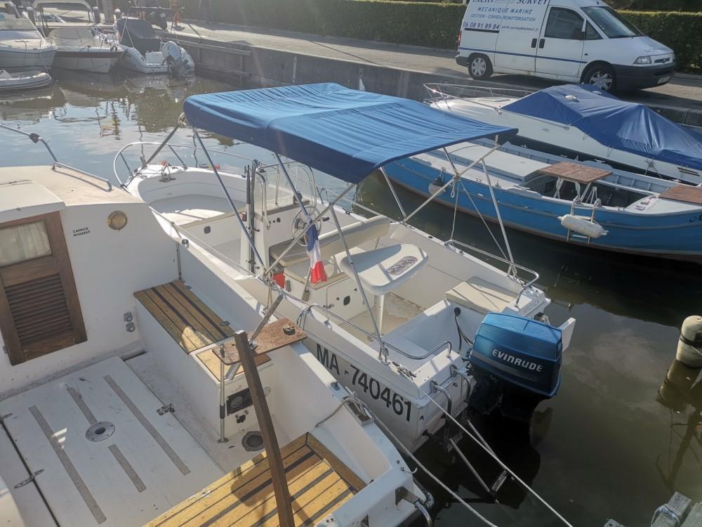 Ein B2 Marine Cap Ferret 502 Open Swing mieten in Mandelieu-la-Napoule
