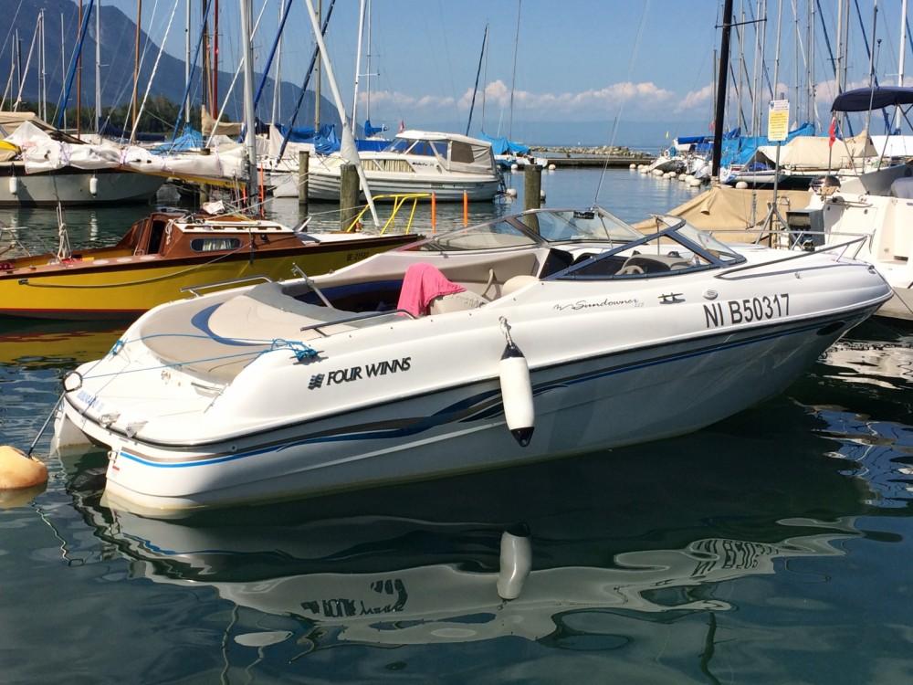Yacht-Charter in Excenevex - Four Winns Sundowner 225 auf SamBoat