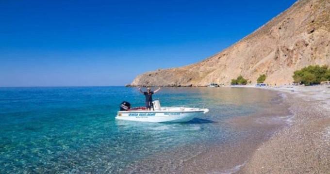 Schlauchboot mit oder ohne Skipper Mare mieten in Chóra Sfakíon