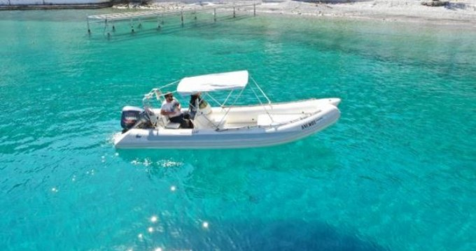Schlauchboot mieten in Chóra Sfakíon - Rib 600