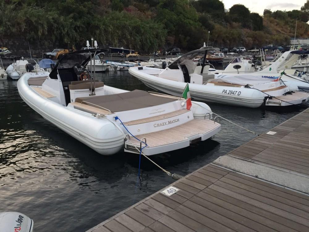 Schlauchboot mieten in Balearische Inseln zum besten Preis