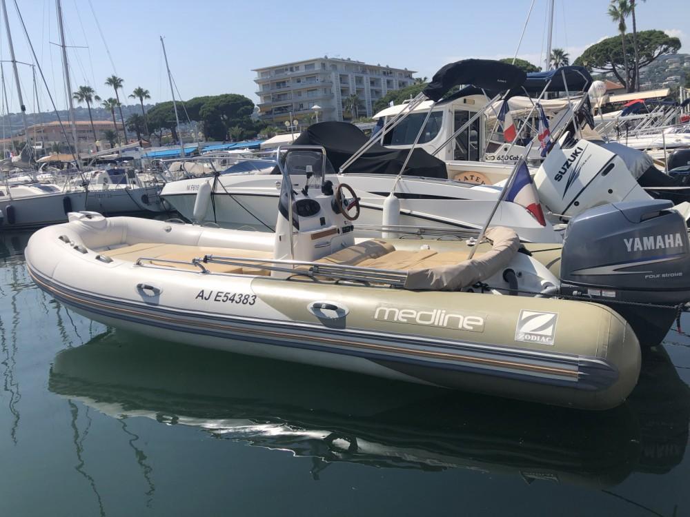 Zodiac Medline 550 Strongan zwischen Privatpersonen und professionellem Anbieter Golfe-Juan