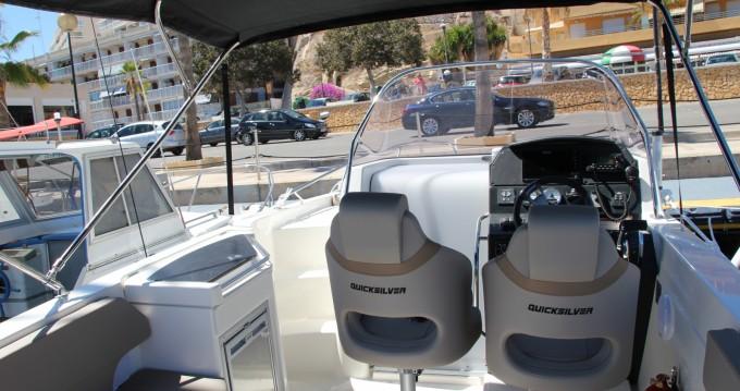 Motorboot mieten in Villajoyosa zum besten Preis