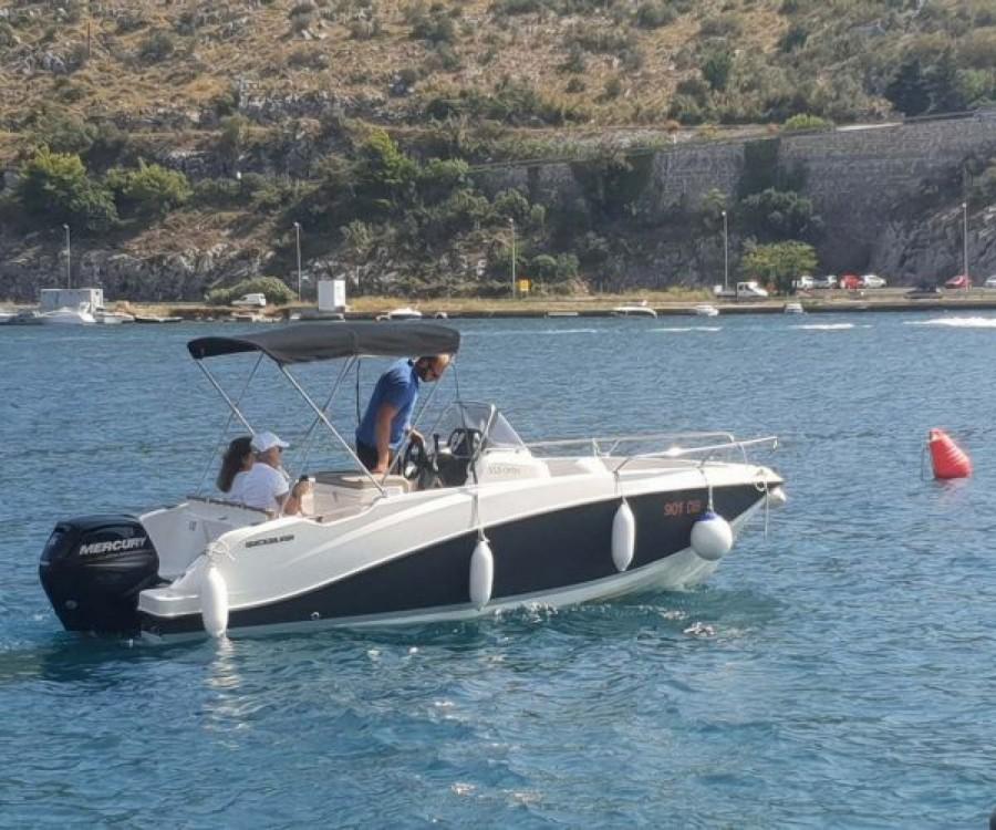 Bootsverleih Dubrovnik günstig Activ 555 Open