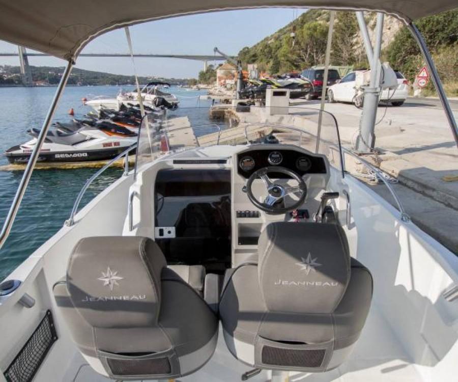 Bootsverleih Dubrovnik günstig Cap Camarat 6.5 CC