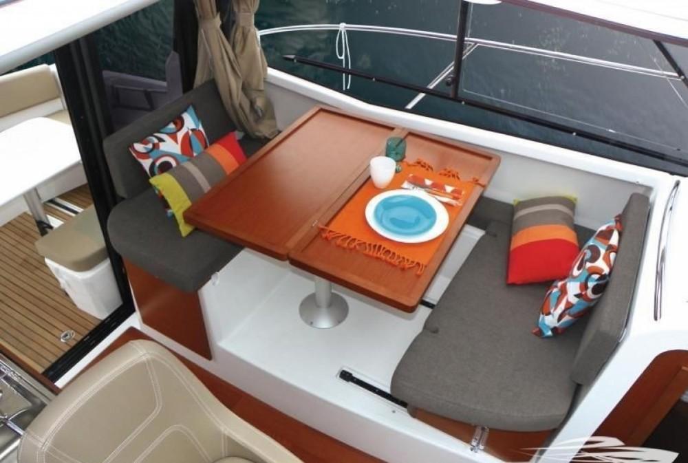 Motorboot mieten in Trau - Jeanneau Merry Fisher 855