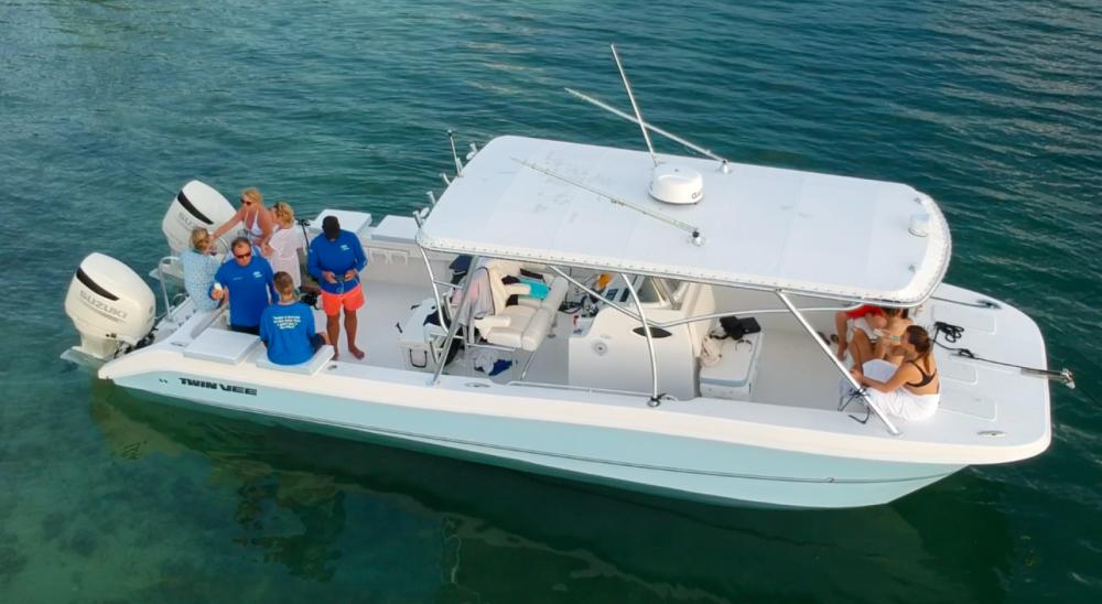 Motorboot mieten in George Town zum besten Preis