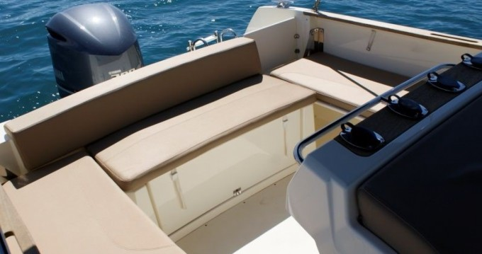 Yacht-Charter in Trogir - Jeanneau Cap Camarat 7.5 CC auf SamBoat