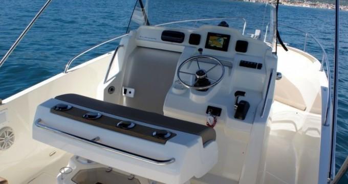 Motorboot mieten in Trogir - Jeanneau Cap Camarat 7.5 CC