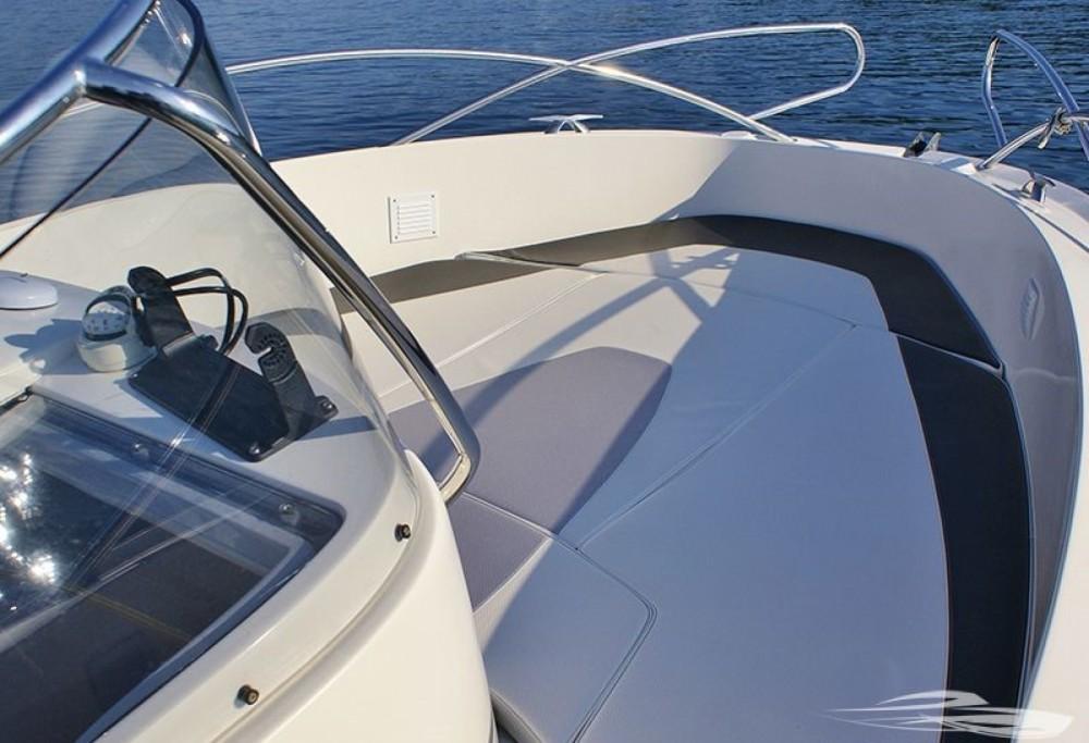 Bootsverleih Quicksilver Quicksilver 635 Commander Trau Samboat