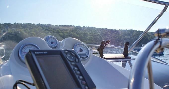 Ein Quicksilver Quicksilver 635 Commander mieten in Trogir