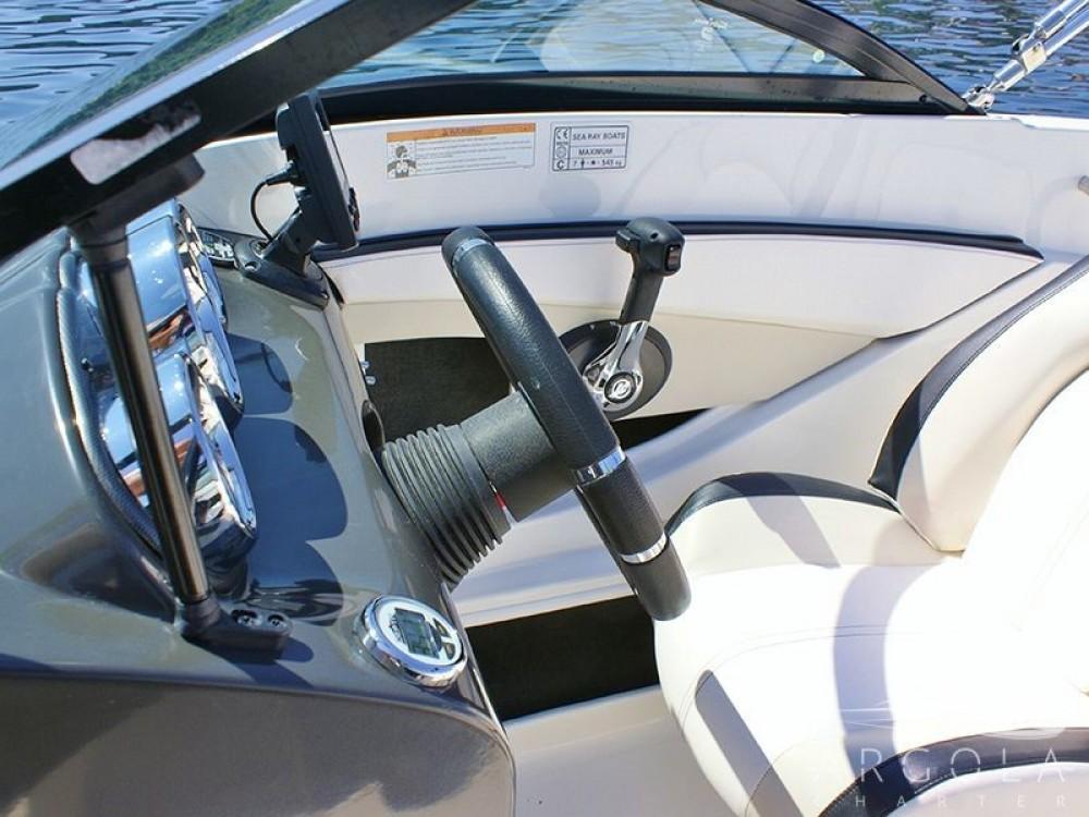 Bootsverleih Sea Ray Sea Ray 190 Sport Trau Samboat