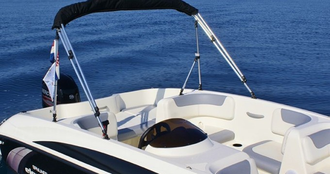 Motorboot mieten in Trogir - Bayliner Element