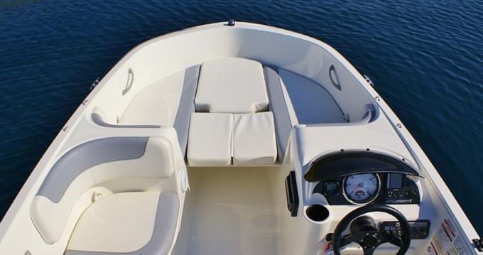 Motorboot mit oder ohne Skipper Bayliner mieten in Trogir