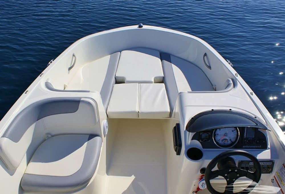 Motorboot mieten in Trau - Bayliner Element