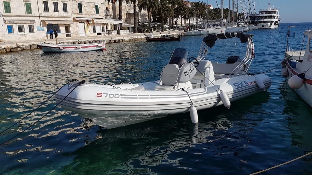 Ein Sacs Sport 700 mieten in Split