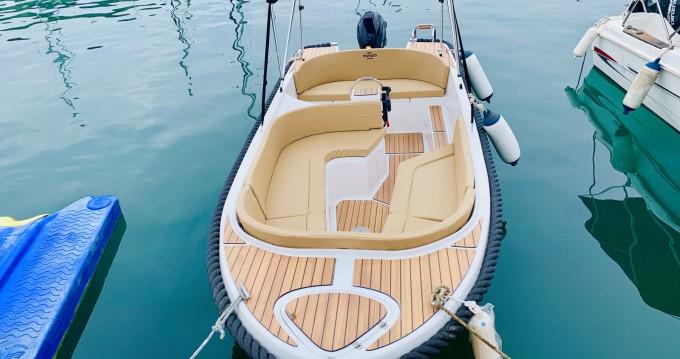 Vermietung Motorboot Mareti mit Führerschein