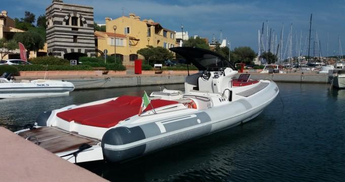 Bootsverleih Pirelli P1100 cabin Porto Rotondo Samboat