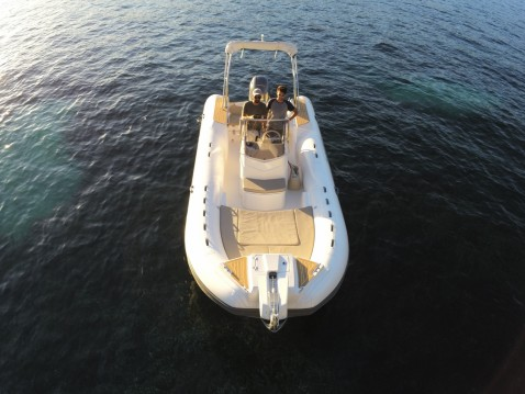 Schlauchboot mieten in Beaulieu-sur-Mer - Capelli Tempest 700 Sun