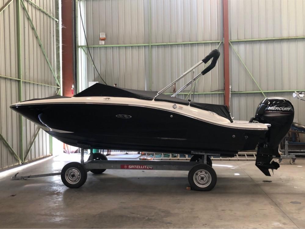 Motorboot mieten in Antibes - Sea Ray SPX 190 OB