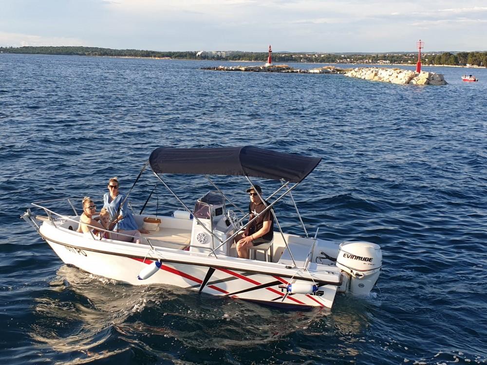 Motorboot mit oder ohne Skipper Polyform mieten in Poreč