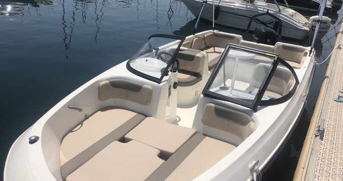 Motorboot mieten in Bormes-les-Mimosas - Bayliner Element E7