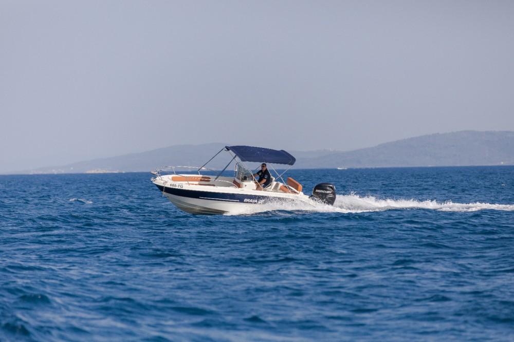 Vermietung Motorboot Mingolla mit Führerschein