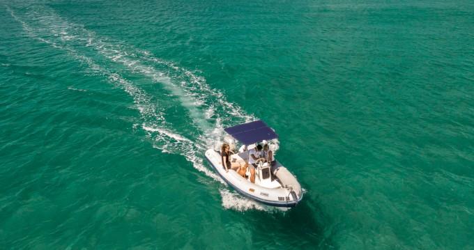 Vermietung Motorboot Humber destroyer mit Führerschein