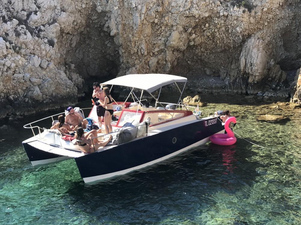 Motorboot mit oder ohne Skipper Wasabi  mieten in Marseille