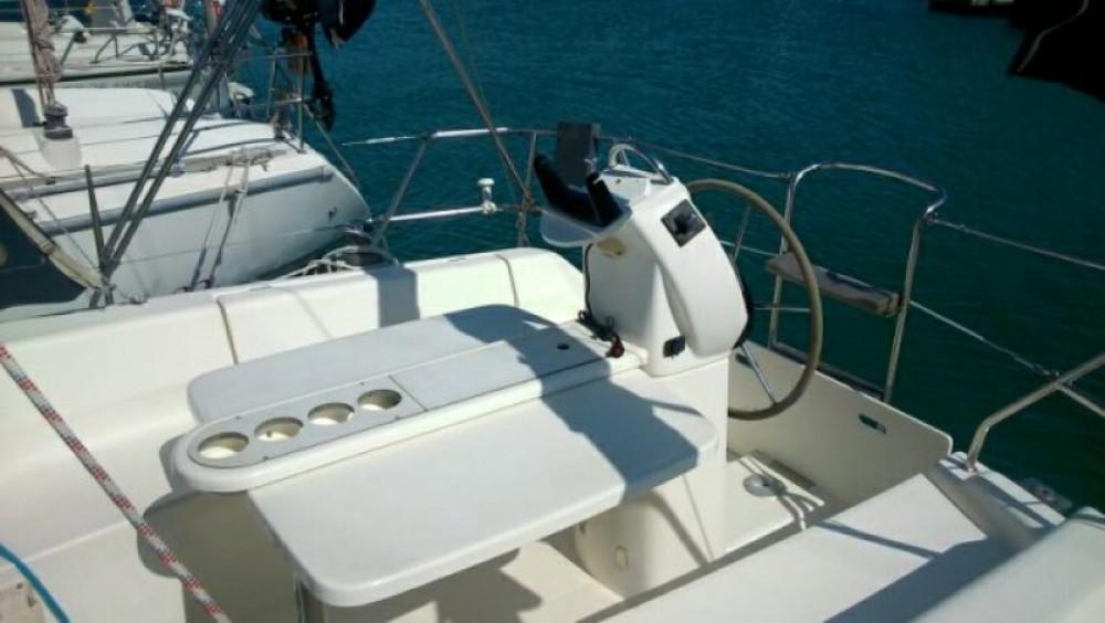 Gibert Marine Gib Sea 33 zwischen Privatpersonen und professionellem Anbieter Sète