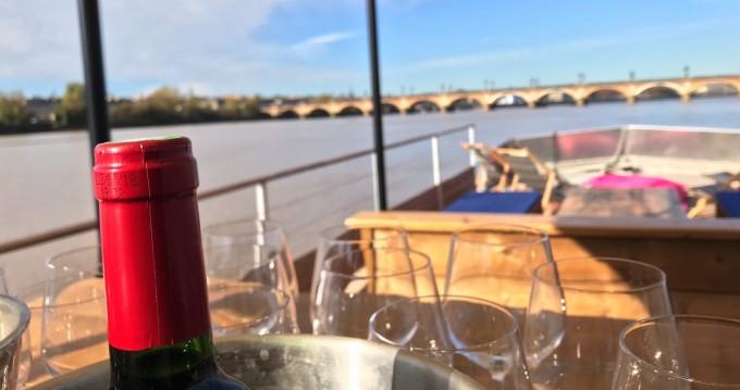 Motorboot mieten in Bordeaux - CAI Patte d'Ours
