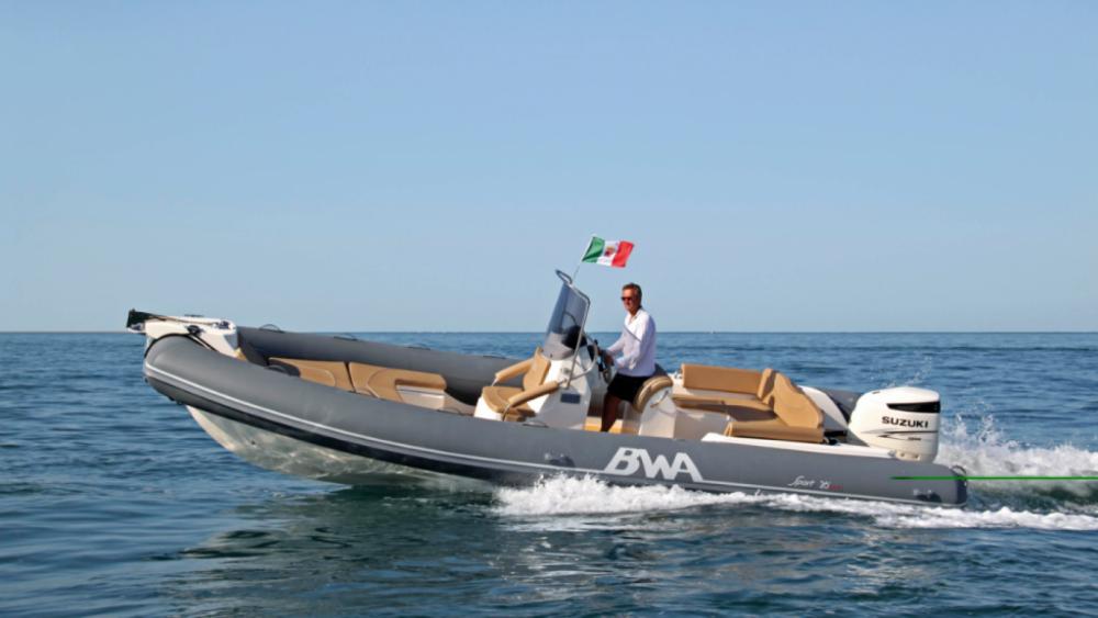 Bwa Sport 26 GTO zwischen Privatpersonen und professionellem Anbieter La Trinité-sur-Mer
