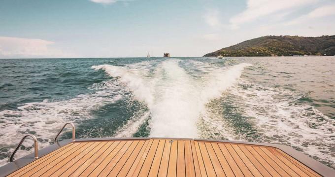 Schlauchboot mieten in Ameglia zum besten Preis