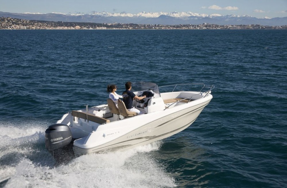 Yacht-Charter in La Trinité-sur-Mer - Jeanneau Cap Camarat 6,5 auf SamBoat