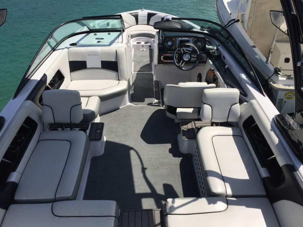 Motorboot mit oder ohne Skipper Nautique Correct Craft mieten in Annecy