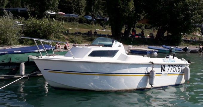 Vermietung Motorboot BM OWENS  mit Führerschein