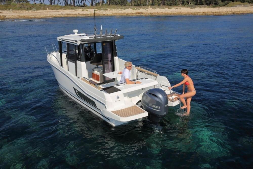 Motorboot mieten in La Trinité-sur-Mer - Jeanneau Merry Fisher 795