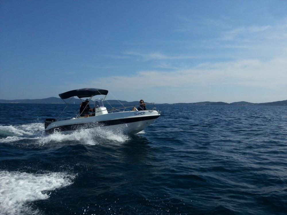 Motorboot mieten in Bibinje zum besten Preis
