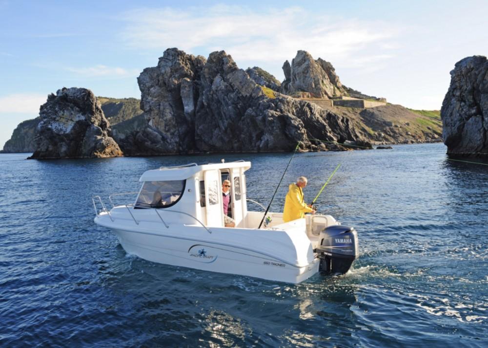 Vermietung Motorboot Pacific Craft mit Führerschein