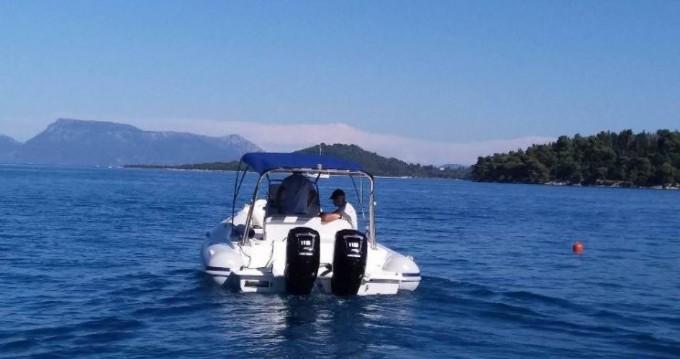 Colbac Colbac 750 zwischen Privatpersonen und professionellem Anbieter Lefkada (Island)