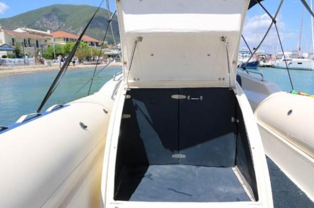 Schlauchboot mieten in  - Vicror Tempest 990
