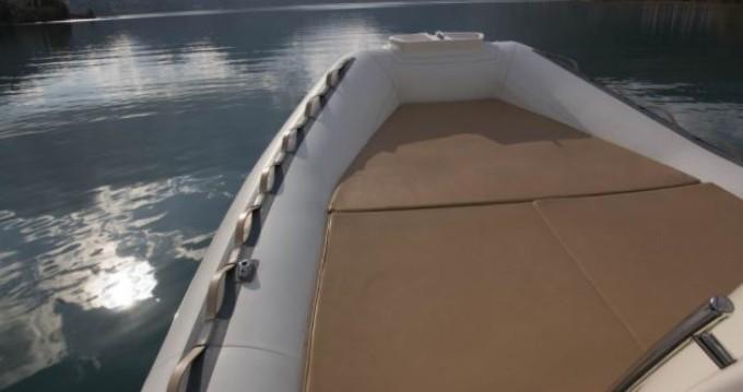 Schlauchboot mieten in Lefkada (Island) - Bwa Evolution 27
