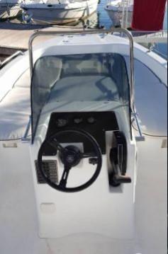 Ein AM Yacht Prince 570 Open mieten in Lefkada (Island)