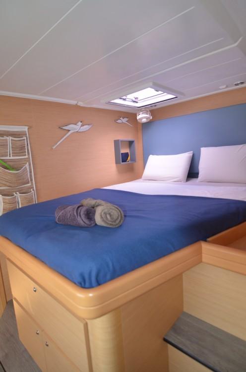 Bootsverleih Port Grimaud günstig Lagoon 420