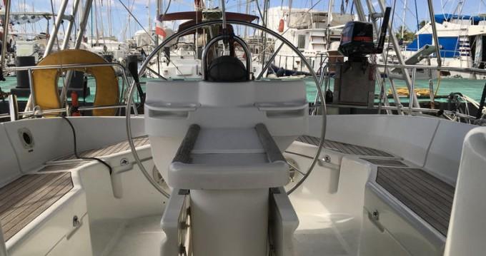 Yacht-Charter in Pointe-à-Pitre - Bénéteau Oceanis 411 auf SamBoat