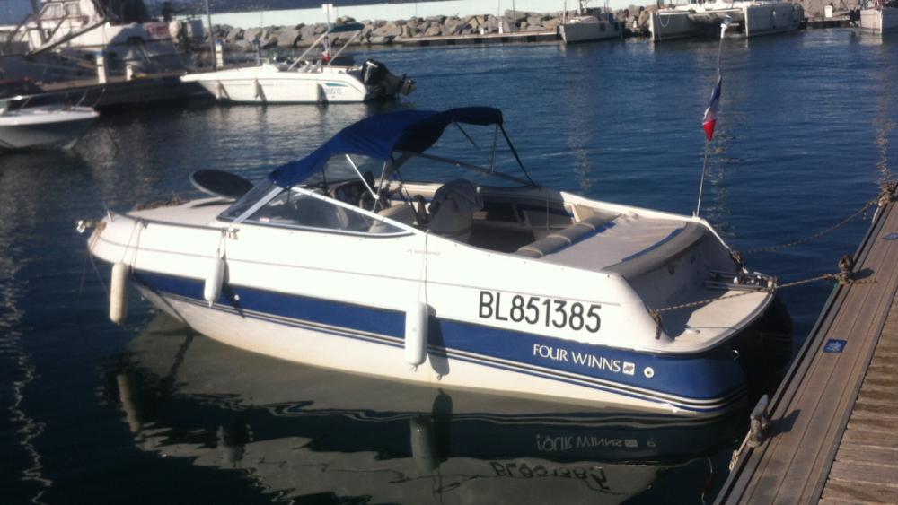 Motorboot mieten in Lyon zum besten Preis