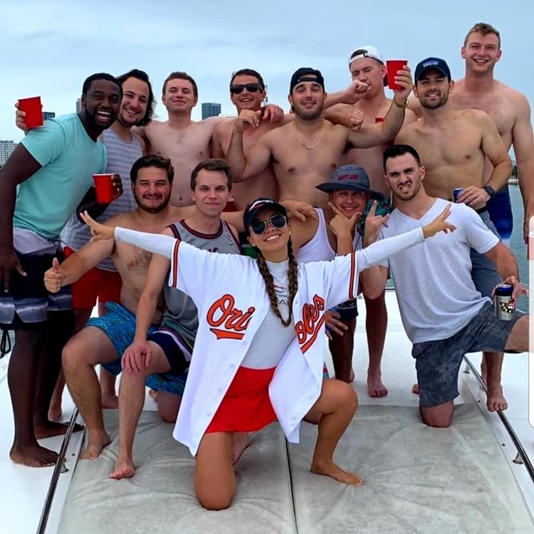 Sea Ray Sea Ray 555 Sundancer zwischen Privatpersonen und professionellem Anbieter Miami