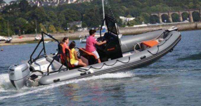 Schlauchboot mit oder ohne Skipper Highfield mieten in Port du Crouesty