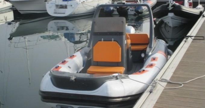 Vermietung Schlauchboot Notys-Pro mit Führerschein