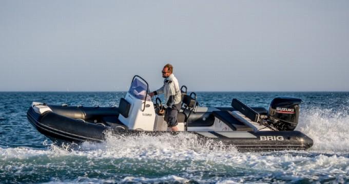 Ein Brig Navigator 610 mieten in Arzon